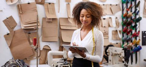 4 Signs You're Ready to Quit Your Full-time Job to Pursue Your Small Business