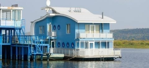 How to Finance a Houseboat